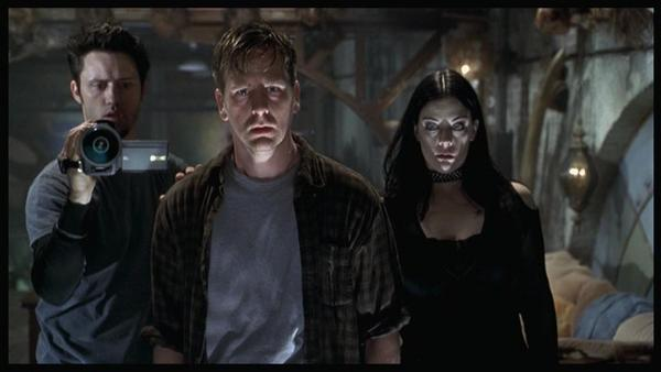 Book of Shadows: Blair Witch 2 cast members (from L to R) Jeffrey Donovan (Jeffrey Patterson), Stephen Bark Turner (Stephen Ryan Parker), and Kim Director (Kim Diamond).